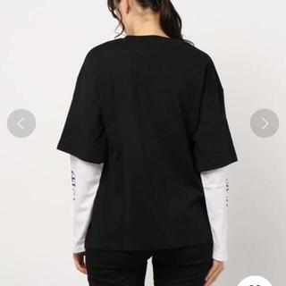 スピンズ(SPINNS)のフォトデザイン 袖レイヤードロングTシャツ(Tシャツ(長袖/七分))