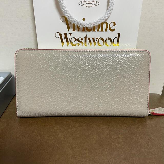 Vivienne Westwood(ヴィヴィアンウエストウッド)のヴィヴィアンウエストウッド 長財布 グレージュ レディースのファッション小物(財布)の商品写真