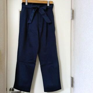 サマンサモスモス(SM2)のSamansa Mos2 blue リボンタックパンツ 新品未使用(カジュアルパンツ)