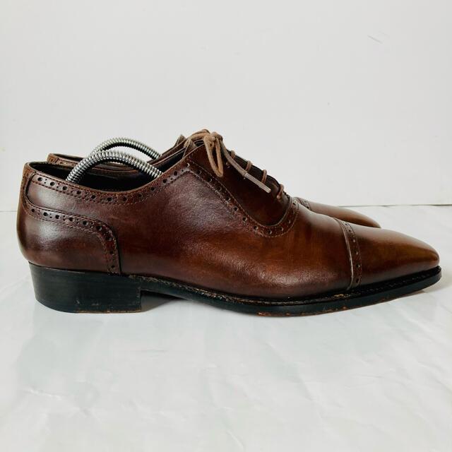 BEAMS(ビームス)のBEAMS F ビームスエフ 濃茶 ストレートチップ 25.5cm 除菌・消臭済 メンズの靴/シューズ(ドレス/ビジネス)の商品写真