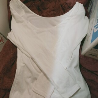 ジーユー(GU)のシンプルで重宝するGU WARMのロンT(Tシャツ(長袖/七分))