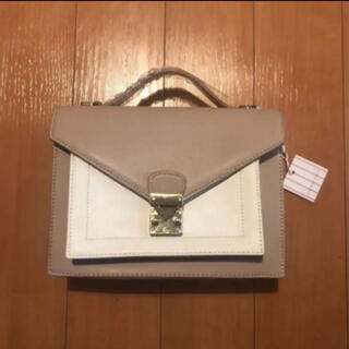 Charles and Keith - 【新品タグ付き】バイカラー バッグ
