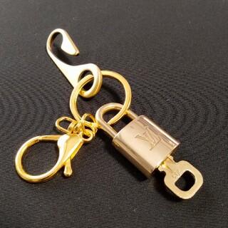 LOUIS VUITTON - ルイヴィトン 南京錠 下記 303 鍵1本付 ベルトフックキーリング付