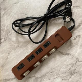 エレコム(ELECOM)のELECOM 個別スイッチ付き電源タップ (変圧器/アダプター)