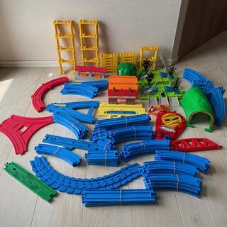 Takara Tomy - プラレール 線路 トンネル 踏み切り一式