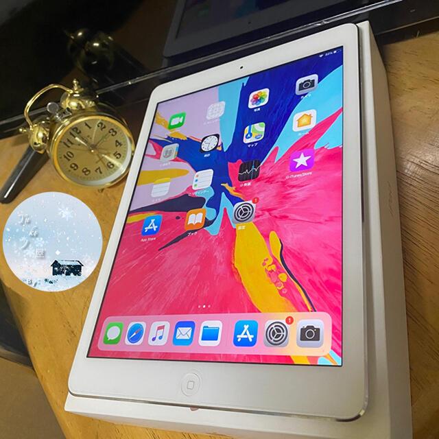 iPad(アイパッド)の美品 iPad  Air1  16GB  WiFiモデル アイパッド エア スマホ/家電/カメラのPC/タブレット(タブレット)の商品写真