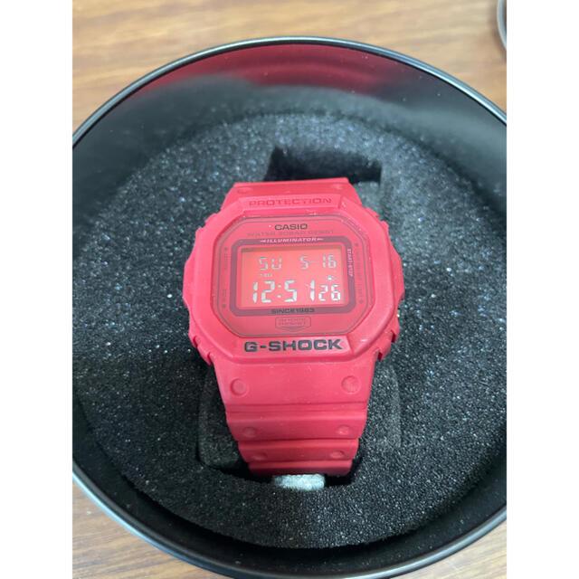 G-SHOCK(ジーショック)のakitokun様専用◎G-SHOCK 35周年赤 メンズの時計(腕時計(デジタル))の商品写真