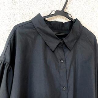 ジーユー(GU)の黒シャツ(Tシャツ(長袖/七分))