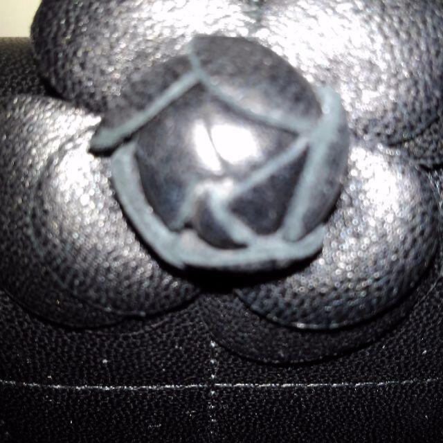 CHANEL(シャネル)のシャネルカメリアショルダー レディースのバッグ(ショルダーバッグ)の商品写真