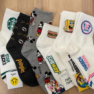 ディズニー(Disney)の靴下 ソックス 新品未使用品 スポンジボブ ミッキー スタバ 海外製品(ソックス)