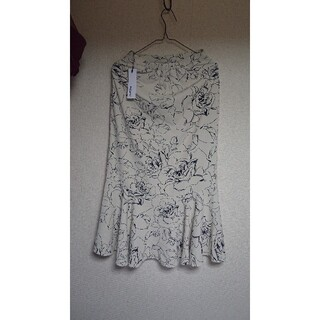 BASEMENT  フラワーマーメイドスカート