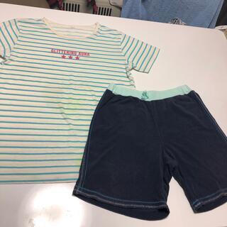 ユニクロ(UNIQLO)のTシャツ + ハーフパンツ(Tシャツ/カットソー)