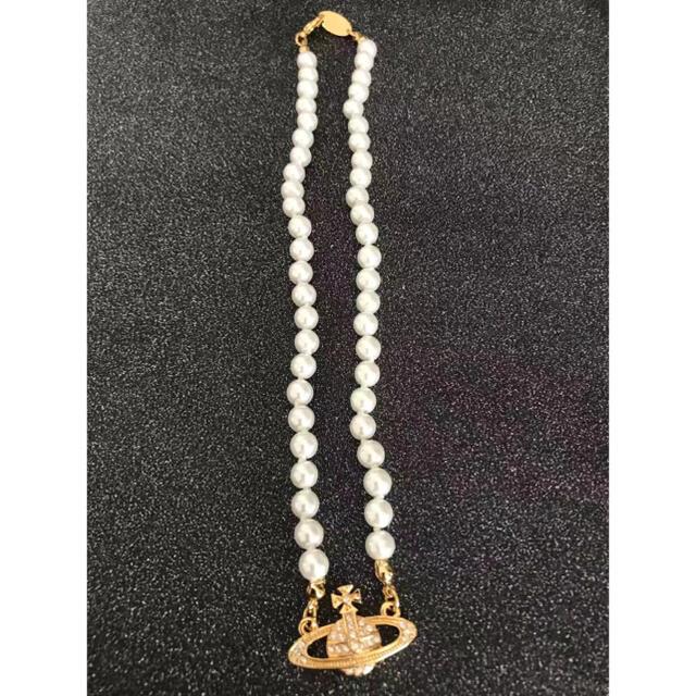 Vivienne Westwood(ヴィヴィアンウエストウッド)の新品パールチョーカーネックレス ゴールド レディースのアクセサリー(ネックレス)の商品写真