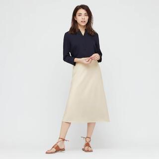 ユニクロ(UNIQLO)のユニクロ サテンナローフレアスカート(ひざ丈スカート)