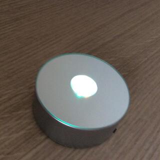 3Dクリスタルガラスや ハーバリウムに ライトアップ台 光る台座 NKLS-13(その他)