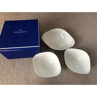 ビレロイアンドボッホ(ビレロイ&ボッホ)のKou様専用 Villeroy&Boch 大皿 1枚 中皿 2枚(食器)