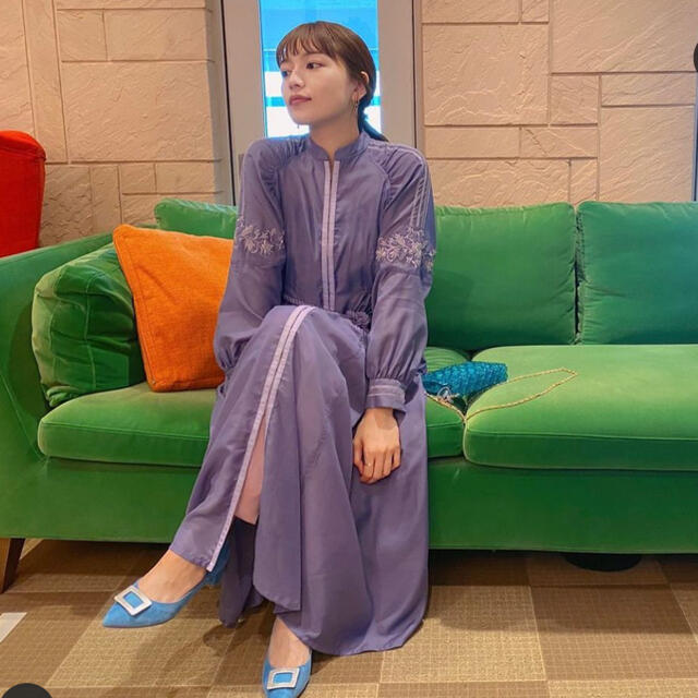 Lily Brown(リリーブラウン)のギャザーディティールシャツワンピ リリーブラウン  パープル レディースのワンピース(ロングワンピース/マキシワンピース)の商品写真