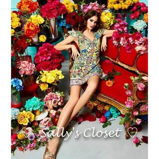 アリスアンドオリビア(Alice+Olivia)の❣️人気新作 ♡Alice+Olivia アリス 花柄ワンピース  新品♡ 4d(ひざ丈ワンピース)