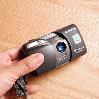 動作確認 Olympus フィルムカメラ OZ1 Panorama 防水 美品(フィルムカメラ)