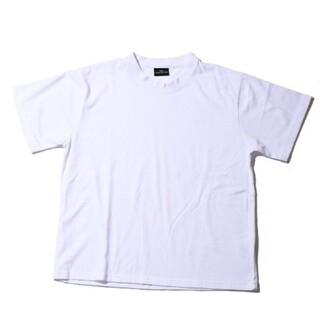 スピンズ(SPINNS)の新品タグ付 ティーシャツ(Tシャツ/カットソー(半袖/袖なし))