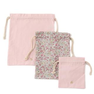 プティマイン(petit main)の定価以下 タグ付 新品 プティマイン  GIRLS 巾着 3点セット ピンク(バッグ/レッスンバッグ)