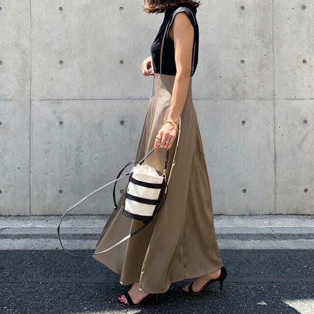 IENA SLOBE(イエナスローブ)の新品❁︎在庫のみ urs フレアサロペットスカート レディースのスカート(ロングスカート)の商品写真