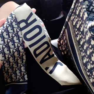 Dior - 新品未使用 Diorスカーフ