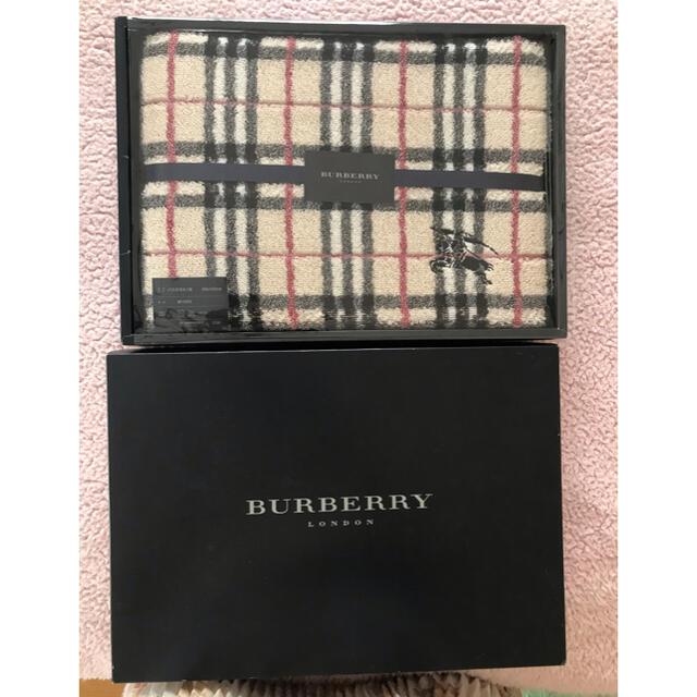 BURBERRY(バーバリー)の[新品] バーバリーバスタオル 西川産業  インテリア/住まい/日用品の日用品/生活雑貨/旅行(タオル/バス用品)の商品写真