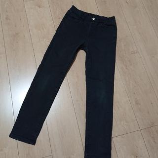 ユニクロ(UNIQLO)のユニクロ スキニーパンツ 140 ブラック(パンツ/スパッツ)
