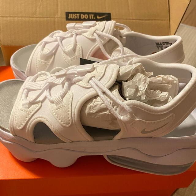 NIKE(ナイキ)のNIKE AIRMAXココサンダル23センチホワイト レディースの靴/シューズ(サンダル)の商品写真