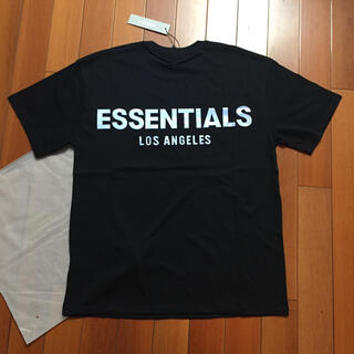 FEAR OF GOD - サイズL黒 反射光りロゴ fogessentialsTシャツ