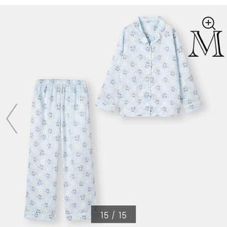 ジーユー(GU)のGU Sanrio サテンパジャマ BLUE  サイズM 新品未使用タグ付き(パジャマ)