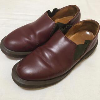ドクターマーチン(Dr.Martens)のドクターマーチン LOUIS UK4 ショート サイドゴア チェリーレッド(ローファー/革靴)