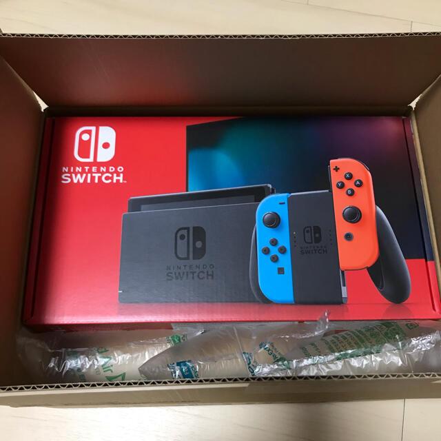 Nintendo Switch(ニンテンドースイッチ)の【新品・未開封】任天堂スイッチ本体Nintendo Switch ネオンブルー エンタメ/ホビーのゲームソフト/ゲーム機本体(家庭用ゲーム機本体)の商品写真