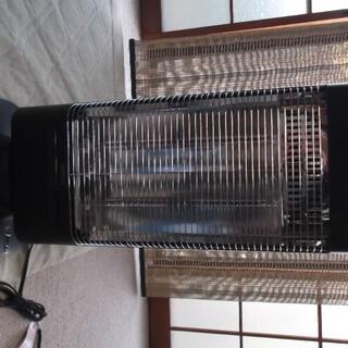 ヤマゼン(山善)の遠赤外線 カーボンヒーター 山善 ブラック DC-SW09(電気ヒーター)
