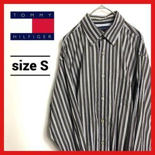 トミーヒルフィガー(TOMMY HILFIGER)の90s 古着 トミーヒルフィガー BDシャツ フラッグロゴ 刺繍 ストライプ S(シャツ)