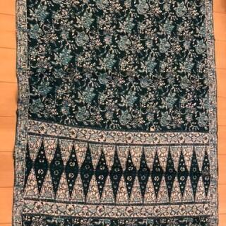 インドネシア オールド バティック 伝統柄 青色 ブルー(生地/糸)