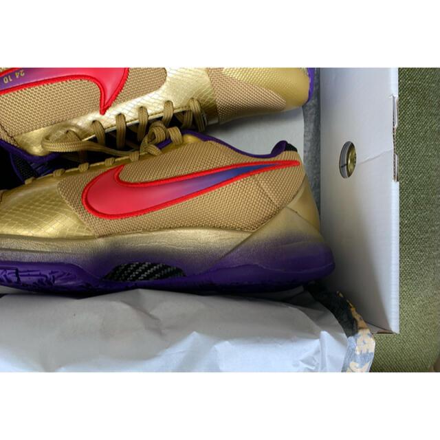 NIKE(ナイキ)の27.5cm UNDEFEATED × NIKE KOBE 5 PROTRO メンズの靴/シューズ(スニーカー)の商品写真