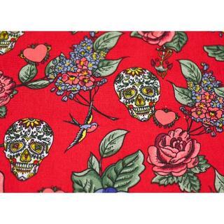 プリント生地 髑髏 薔薇 花 鳥 ハート シュガースカル 49×145 イギリス(生地/糸)