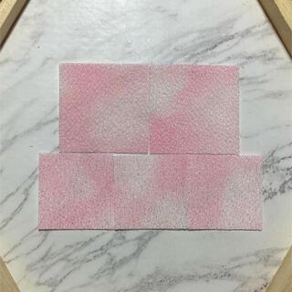 🌸つまみ細工🌸ムラ染めカット生地 90枚🌸淡く薄い桜色🌸(生地/糸)