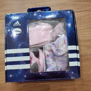 アディダス(adidas)の⭐新品adidasディズニーギフトセット⭐(帽子)