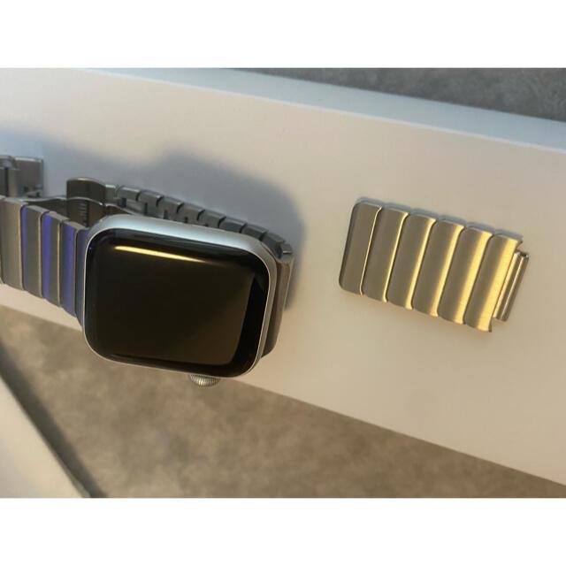Apple Watch(アップルウォッチ)のApple Watch SE GPSモデル 40mm アップルウォッチ ブラック メンズの時計(腕時計(デジタル))の商品写真
