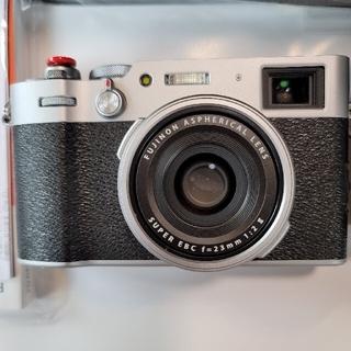 フジフイルム(富士フイルム)のtoma様専用 FUJIFILM デジタルカメラ X100V シルバー(デジタル一眼)