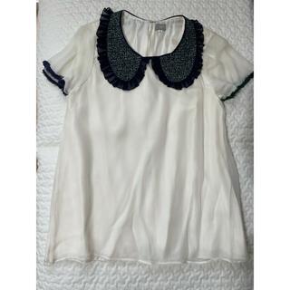 コムデギャルソン(COMME des GARCONS)のjupebyjackie ジュペ 新品未使用 シルクフリル襟半袖ブラウス シャツ(シャツ/ブラウス(半袖/袖なし))