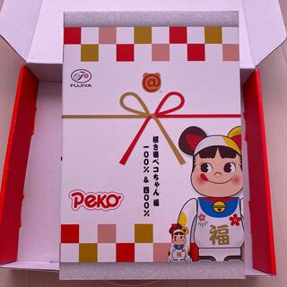 メディコムトイ(MEDICOM TOY)のBE@RBRICK 招き猫 ペコちゃん 福 100% & 400%(フィギュア)