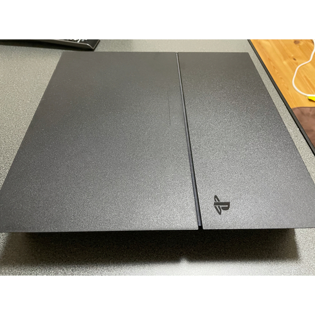 PlayStation4(プレイステーション4)の【美品】SONY Playstation4 本体 500GB エンタメ/ホビーのゲームソフト/ゲーム機本体(家庭用ゲーム機本体)の商品写真