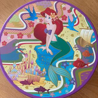 ディズニー(Disney)の2007 ディズニーシー お菓子缶 マーメイド 送料込み(小物入れ)