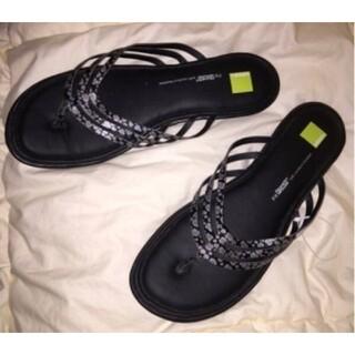 アディダス(adidas)の新品 adidas アディダス♪フィットフォーム ビーチサンダル 25.5cm(サンダル)