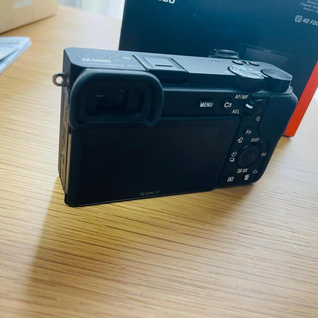SONY(ソニー)のα6600 本体 美品 2020/10 smallrig 256gb SDカード スマホ/家電/カメラのカメラ(ミラーレス一眼)の商品写真