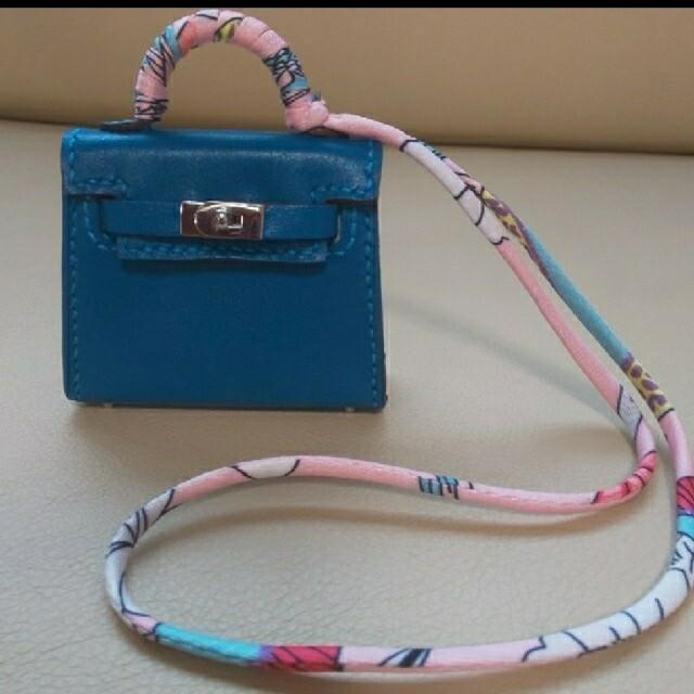 みかんばたけ様ご専用❤青バッグチャーム& ペンダント&ピアス合計3点♡自宅保管品 レディースのアクセサリー(ピアス)の商品写真